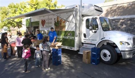 Utah Food Bank Mobile Pantry by Utah S New Food Bank Goes Mobile With Refrigerated Truck
