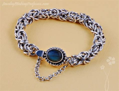 how to make chainmail jewelry 26 best images about chain maille on