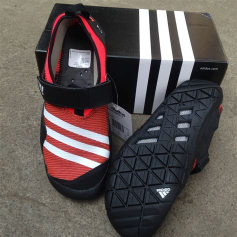 Harga Adidas Kurobe Ii terjual sepatu outdoor adidas jawpaw slip on anzit dlx