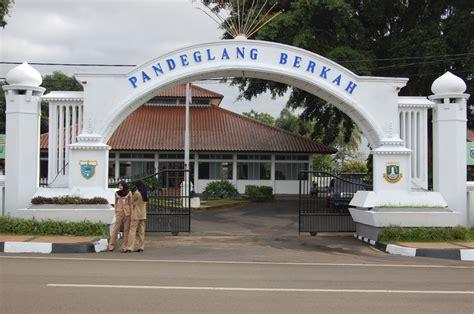 asal usul nama kecamatan    pandeglang
