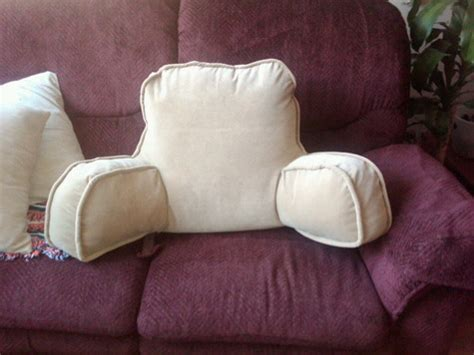 Armchair Pillow by Armchair Pillow Sewing Projects Burdastyle