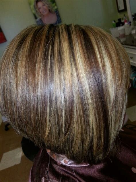 caramel highlites on inverted bob inverted bob chunky highlights warm brown lowlites by
