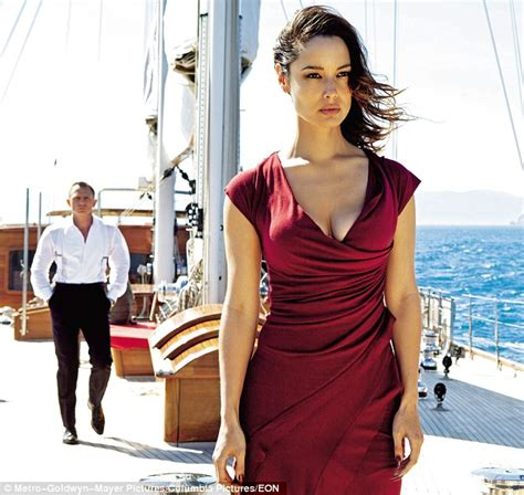 Idée Dressing Femme by Bond Skyfall How Shirley Bassey Helped Turn