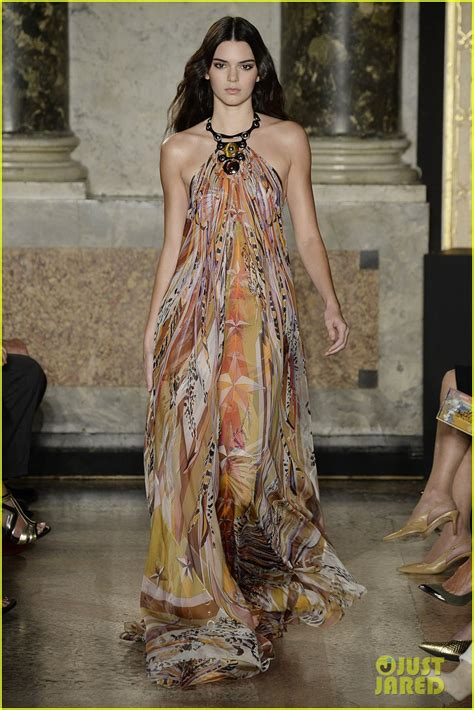 kendall jenner fashion week 2014 kendall jenner continues to take milan fashion week by