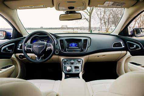 Or Review Ford Fusion Vs Chrysler 200 Trim Levels And Equipment Comparison