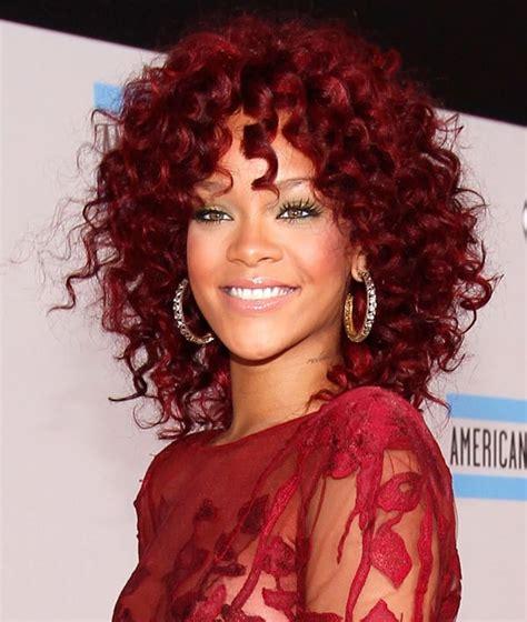rihanna red bob hairstyle afro and mixed race hair styles rihanna mahogany red cockscrew curls hair pinterest