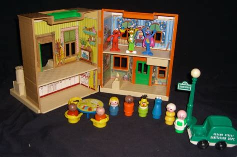 playskool house vintage fisher price playskool sesame street house