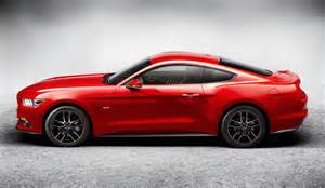 Ford Mustnag 2017 Ford Mustang May Get A Convertible Version