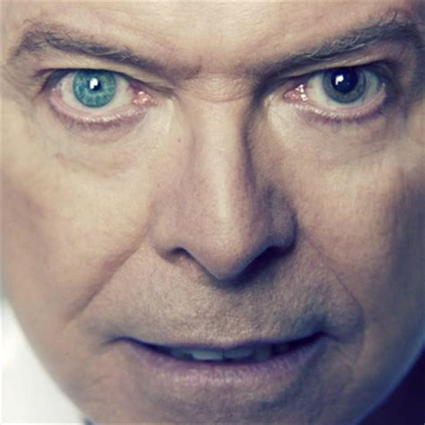 david bowie eye color he doesn t different coloured they re both blue