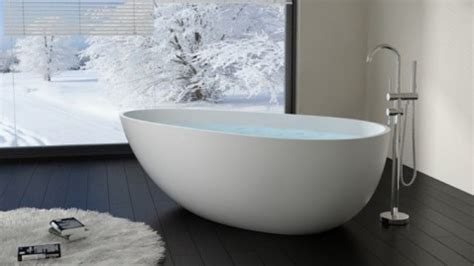 baignoire hors sol baignoire design en 15 mod 232 les d 233 co deco cool