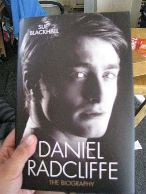 Biography Book On Daniel Radcliffe | daniel radcliffe the biography book review simply