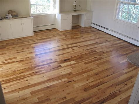 Hardwood Floor Dining Room by Hickory Hardwood Flooring Dining Room Rustic With