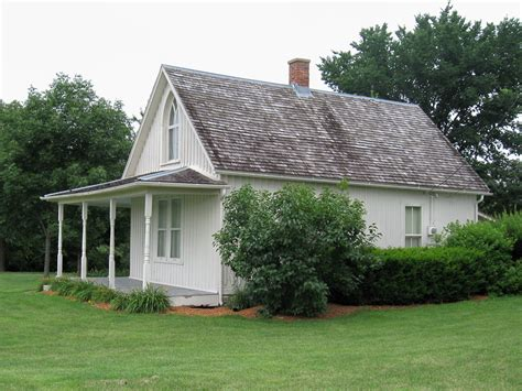 File American Gothic House Side View Jpg Wikimedia Commons