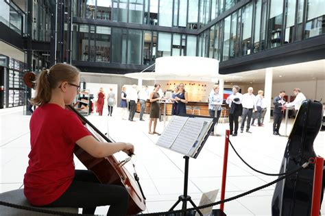 santander consumer bank log in cello konzert in der mittagspause sch 252 lerin sammelt bei