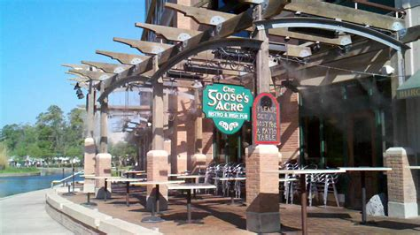 Commercial Patio Misters restaurant mist cooling system by mistcooling inc