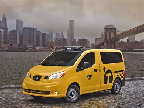 nissan nv200 taxi how nissan s nyc taxi of tomorrow has turned into a