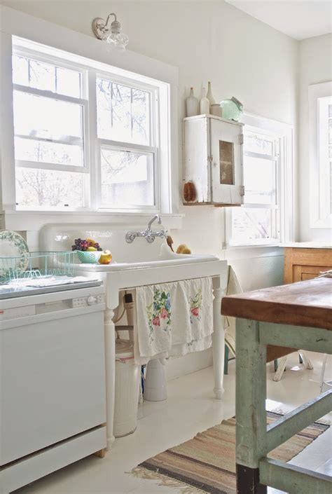 Vintage Kitchen Makeovers Before And After Shabby Chic To Modern Vintage Kitchen
