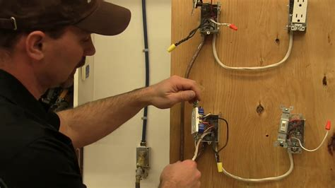 how to wire a switched receptacle