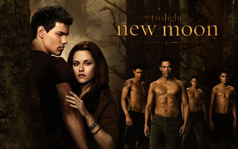Saga Of The Wolf new moon twilight wallpaper 6548718 fanpop