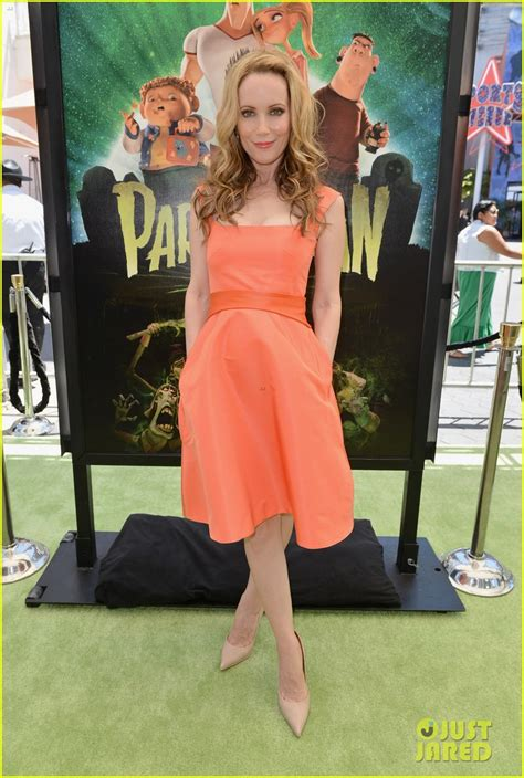 leslie mann paranorman the gallery for gt paranorman norman full body