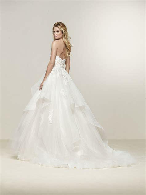 pronovias wedding dresses and cocktail dresses pronovias 2018 stylish strapless sweetheart neckline