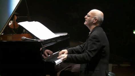 einaudi pianista  minuti  musica registrata   hz