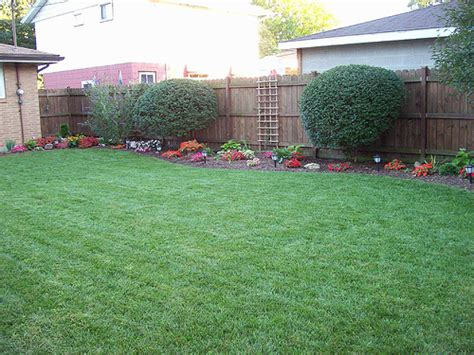 Backyard Makeovers Ideas Triyae Simple Backyard Designs Pictures Various Design Inspiration For Backyard