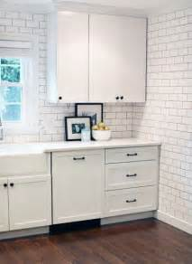 White Kitchen Cabinets With Black Hardware by White Cabinets With Black Oil Rubbed Bronze Hardware And A