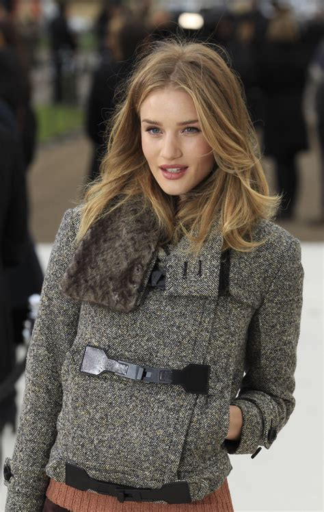 fashion hair color 2015 rosie huntington whiteley style where to buy her best
