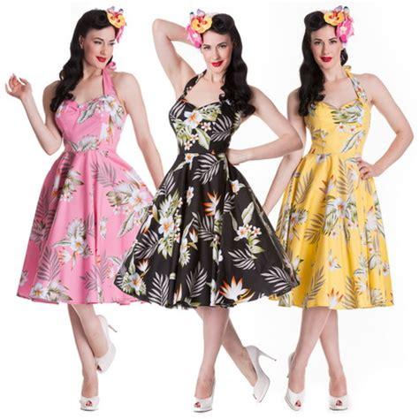 lade vintage anni 70 vestiti donne anni 50