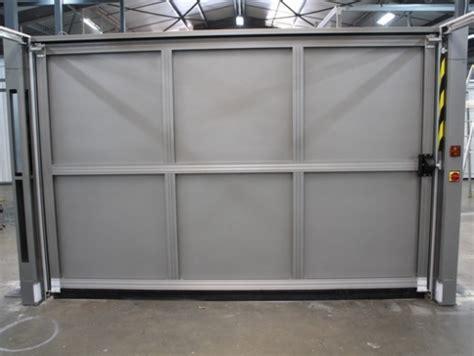 Porte De Garage Basculante 424 by Groupe Safir Produits Portes De Garage Basculantes