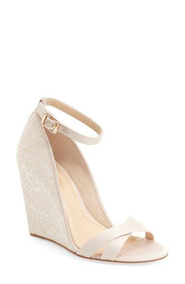 Chagne Wedges For Wedding by Best 25 Lace Wedges Ideas On