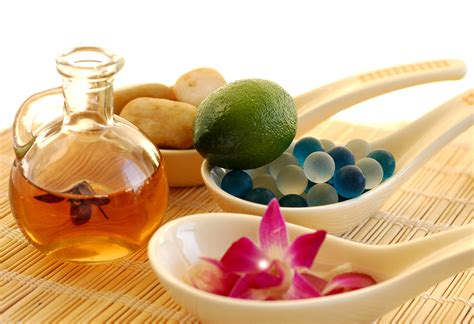 Aromatherapy Essential renu energy bodywork in unique therapy with an eastern influence