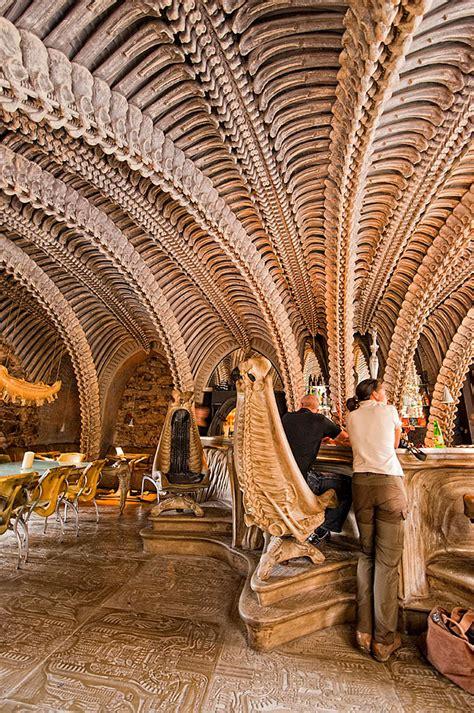 worlds  restaurant  bar interior designs