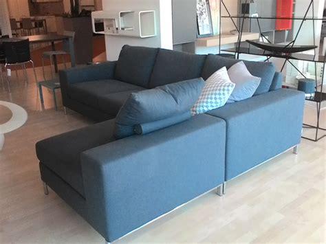 divani 3 posti prezzi biba divano avatar divani con penisola tessuto divano 3