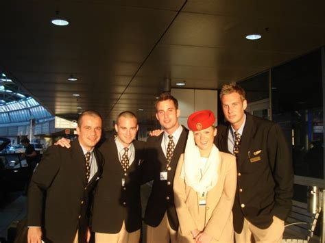 cabin crew in emirates emirates cabin crew www imgkid the image kid