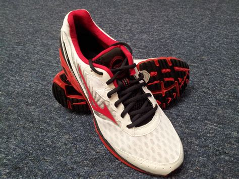 mizuno running shoe review the running shoe review mizuno wave rider 16