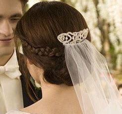Twilight Bellas Hochzeitsfrisur by Swans Wedding Hairstyle Hair Inspiration