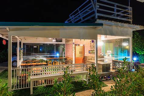 cute restaurant themes ไอเด ยร านอาหารขนาดเล ก เป ดโล ง โปร งสบาย พร อมดาดฟ า
