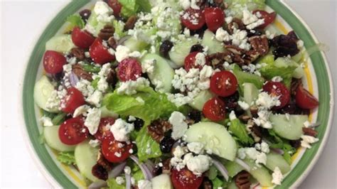 tossed green salad recipes for a crowd blue cheese and dried cranberry tossed salad recipe