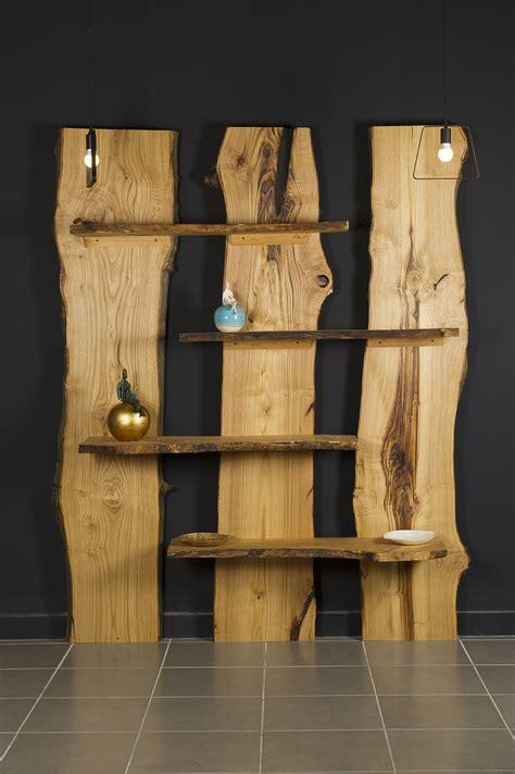scaffali e librerie design legno libreria in legno massello taglio tronco montale xlab