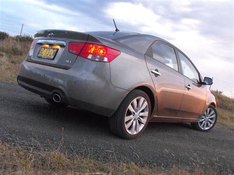 Kia Cerato Specification Kia Cerato Photos Reviews News Specs Buy Car