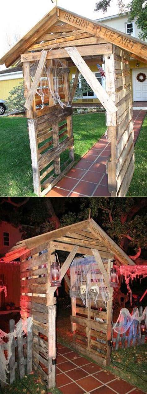 Coolest Halloween Entrance Ideas