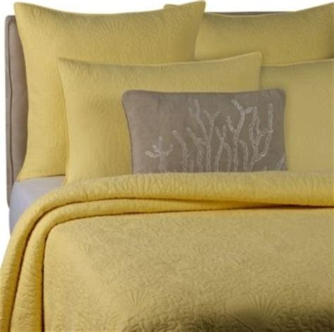 Yellow Quilts And Coverlets Solid Seashell Yellow Quilt Contemporary Quilts And