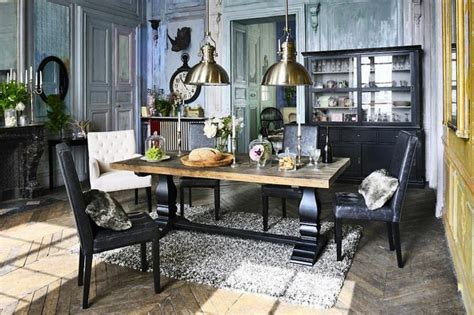 Old Farmhouse Kitchen Cabinets by La D 233 Co Campagne Chic S Invite Dans La Salle 224 Manger