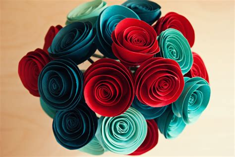 Show How To Make Paper Flowers - diy paper flowers tutorial a simple pantry