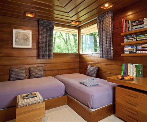 lloyds bedrooms frank lloyd wright s fallingwater minor old house online