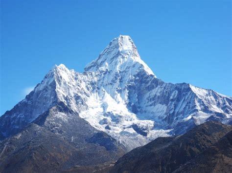 6812m ama dablam expedition mt ama dablam climbing