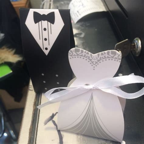 50pcs Box Souvenir Ultah T1606 Polkadot Pink ì ì ì â ìª 50pcs bridal groom tuxedo á dress dress gown gift box packaging packaging bag for
