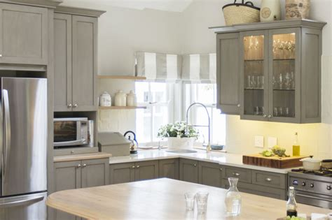 11 Big Mistakes You Make Painting Kitchen Cabinets How Do You Paint Kitchen Cabinets White